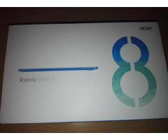 Vând tabletă Acer Iconia One 8