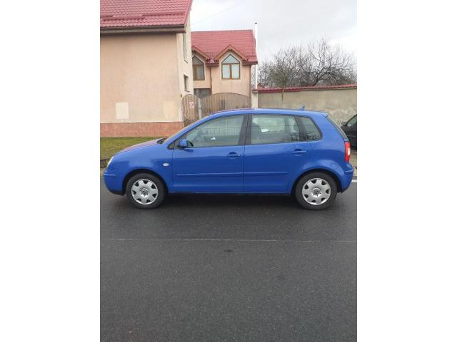 Vand Wolkswagen Polo 1,4TDI,75CP,232000 km,an fabricatie 2003 - 2/5